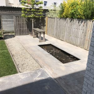 herstel en renovatie achtertuin Direct bestrating