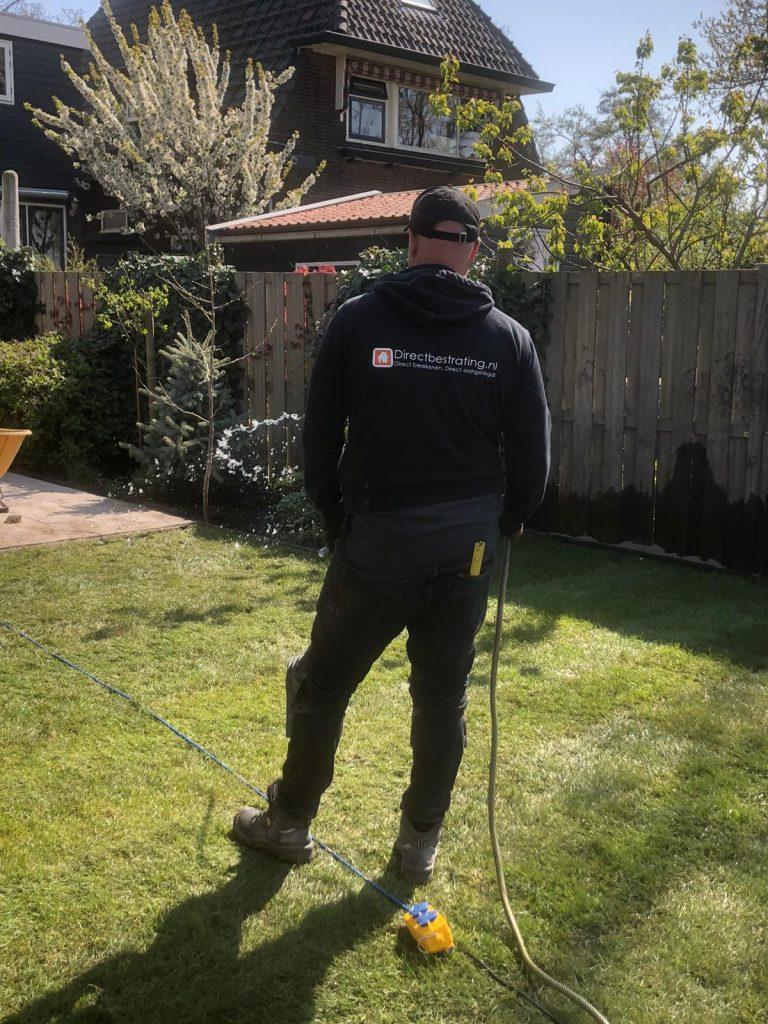 Direct bestrating uit Wormer | Uw tuin onderhoud vakkundig uit handen geven? Bekijk onze voordelige opties